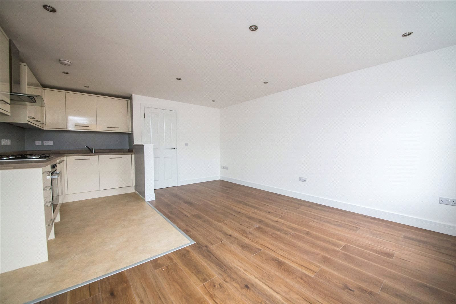 Best 1 Bedroom Flat For Sale In Parrock Street Gravesend Kent With Pictures