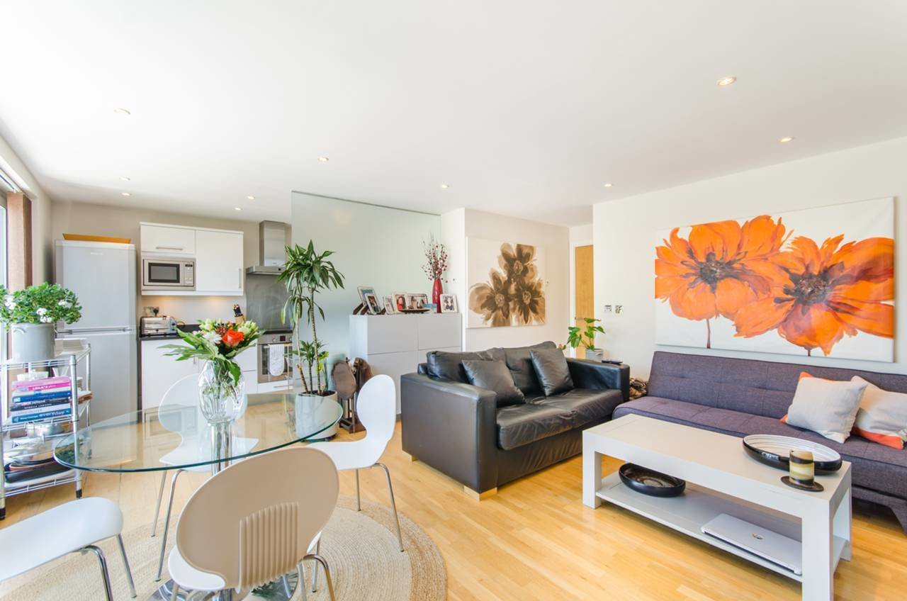 Best 2 Bedroom Flat For Rent In Hartfield Road Wimbledon Sw19 With Pictures
