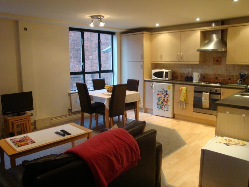 Best 2 Bed Student Accommodation In Nottingham Flat 10 Royal With Pictures