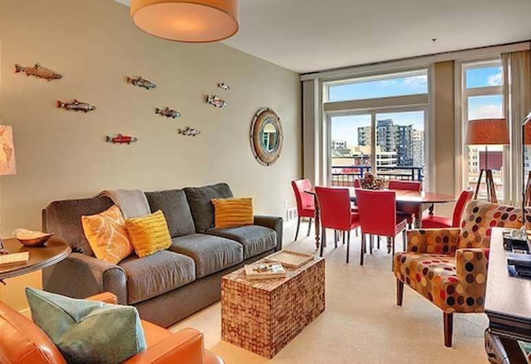 Best Book Belltown Court Home Port Deluxe Suite Two Bedroom With Pictures