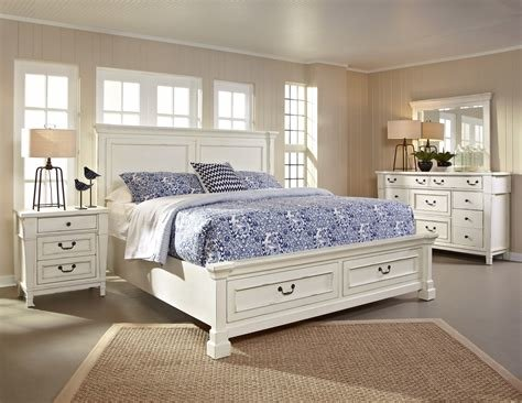 Best Stoney Creek Storage Bed By Thomas Cole Hom Furniture With Pictures