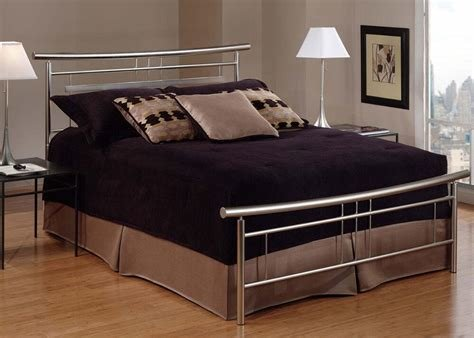 Best Full Beds Bedroom Furniture The Roomplace Furniture Stores With Pictures