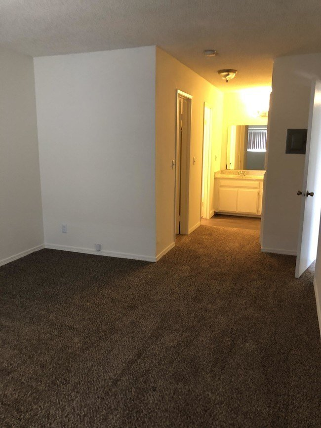 Best Park East Apartments In Bellflower Apartments Paramount With Pictures