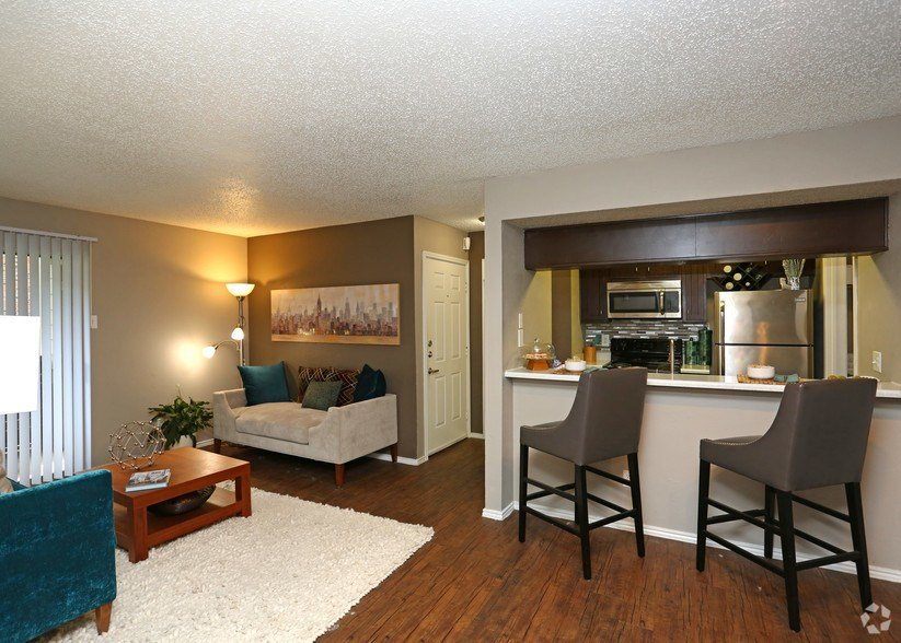 Best The Manhattan Apartments Rentals Dallas Tx Apartments Com With Pictures