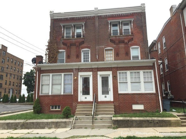 Best 2 Bedroom Apartment In Allentown Apartment For Rent In With Pictures