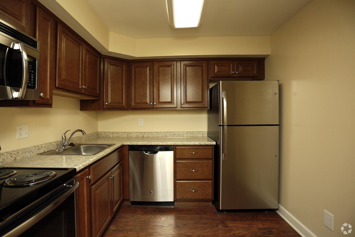 Best Plymouthtowne Apartments Apartments Plymouth Meeting Pa With Pictures