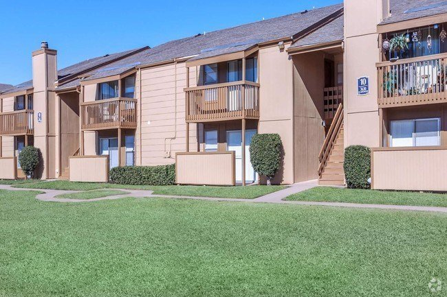 Best Hollywood Apartments Rentals Tulsa Ok Apartments Com With Pictures