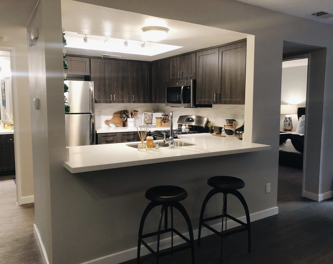 Best Hensley At Corona Pointe Apartments Apartments Corona With Pictures