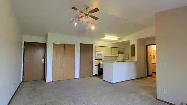 Best Autumn Park Apartments Rentals Sioux Falls Sd With Pictures