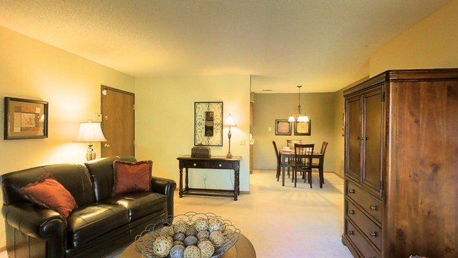 Best Willow Creek Apartments Apartments Lincoln Ne With Pictures