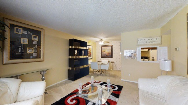 Best Villa Del Mar Apartments Apartments Wichita Ks With Pictures