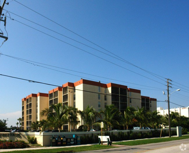 Best Nautilus Apartments Apartments Hollywood Fl With Pictures