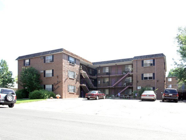 Best One Bedroom Apartments Englewood Co Online Information With Pictures