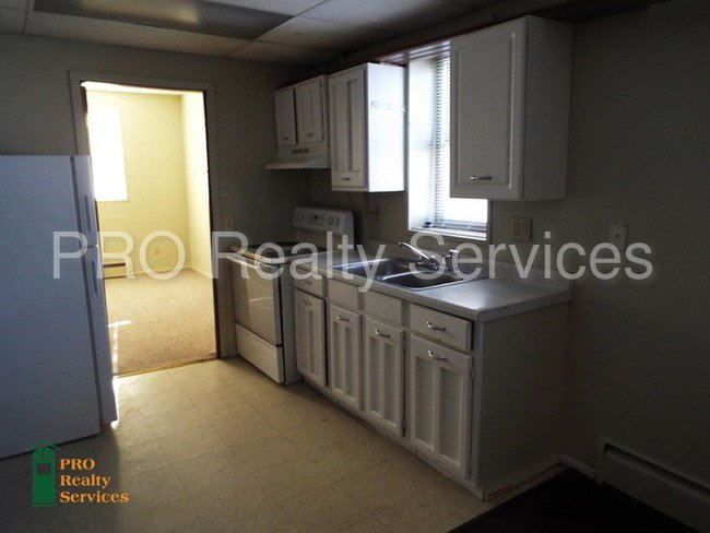 Best Lower Level One Bedroom Apartment Apartment For Rent In Minneapolis Mn Apartments Com With Pictures