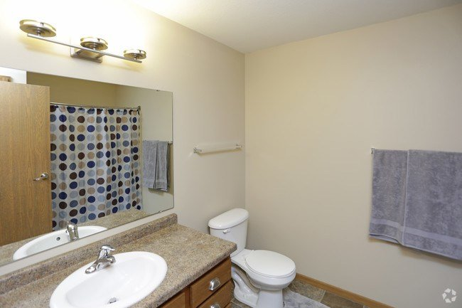 Best Wolf Creek Apartments Fargo Nd Apartments Com With Pictures