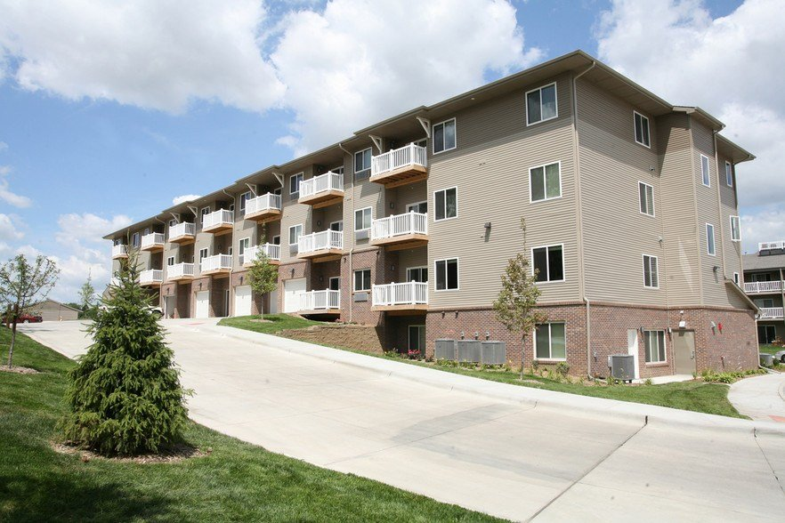Best Pacific West Rentals Omaha Ne Apartments Com With Pictures