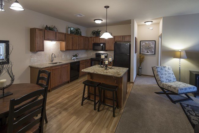 Best Bennington Place Apartments Apartments Wichita Ks With Pictures