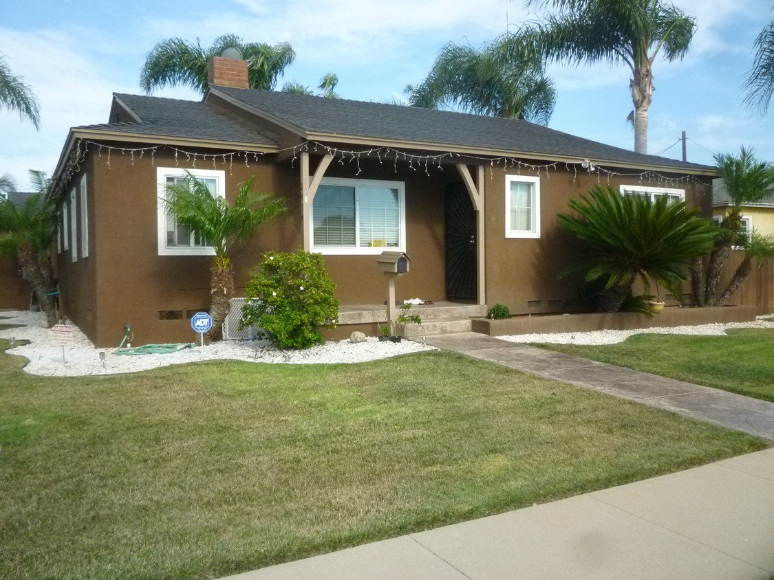 Best House In Torrance 3 Bed 2 Bath 2995 With Pictures