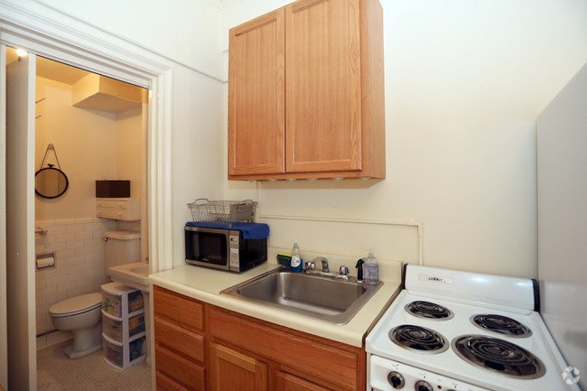 Best 100 West University Apartments Apartments Baltimore Md With Pictures