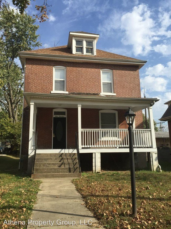 Best 4 Br 2 Bath House 314 N Middle St House For Rent In Cape Girardeau Mo Apartments Com With Pictures