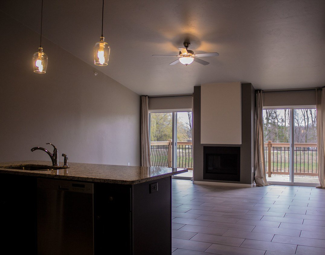 Best Urban Edge Luxury Apartments Apartments Green Bay Wi With Pictures