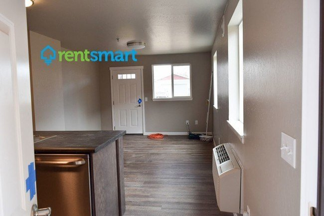 Best Luxury 2 Bedroom Apartment 3Rd Floor Deck Apartment With Pictures