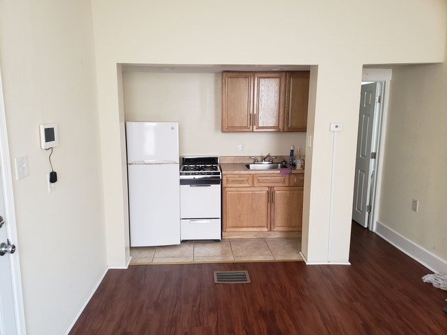 Best Great One Bedroom Apartment For Rent Apartment For Rent With Pictures