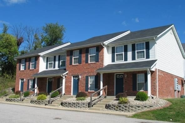 Best Brookhill Townhomes Apartments Collinsville Il Apartments Com With Pictures