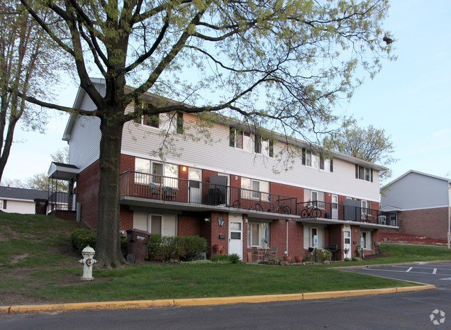Best Colonial Hills Apartments Apartments Akron Oh Apartments Com With Pictures