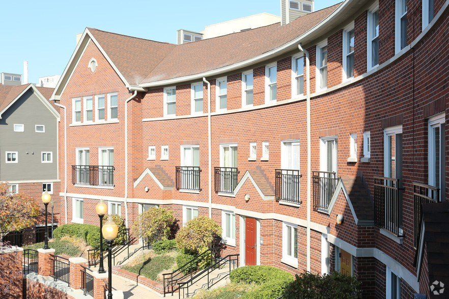 Best Crescent Centre Apartments Rentals Louisville Ky With Pictures