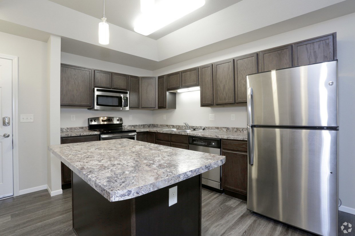 Best Eaglebrook Apartments Fargo Nd Apartments Com With Pictures