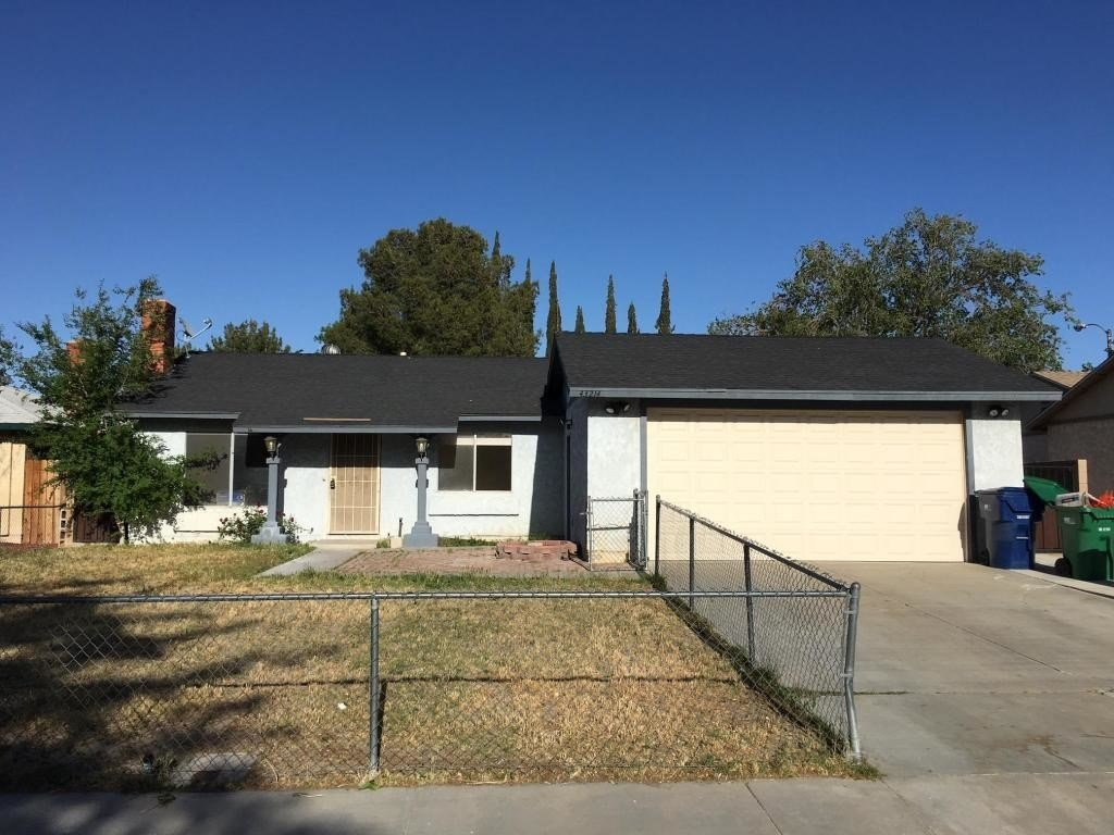 Best House In Lancaster 3 Bed 2 Bath 1750 With Pictures