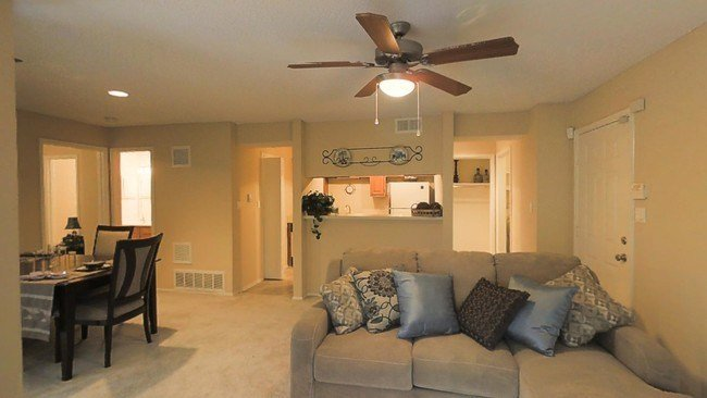 Best Three Lakes Apartments Apartments Overland Park Ks With Pictures