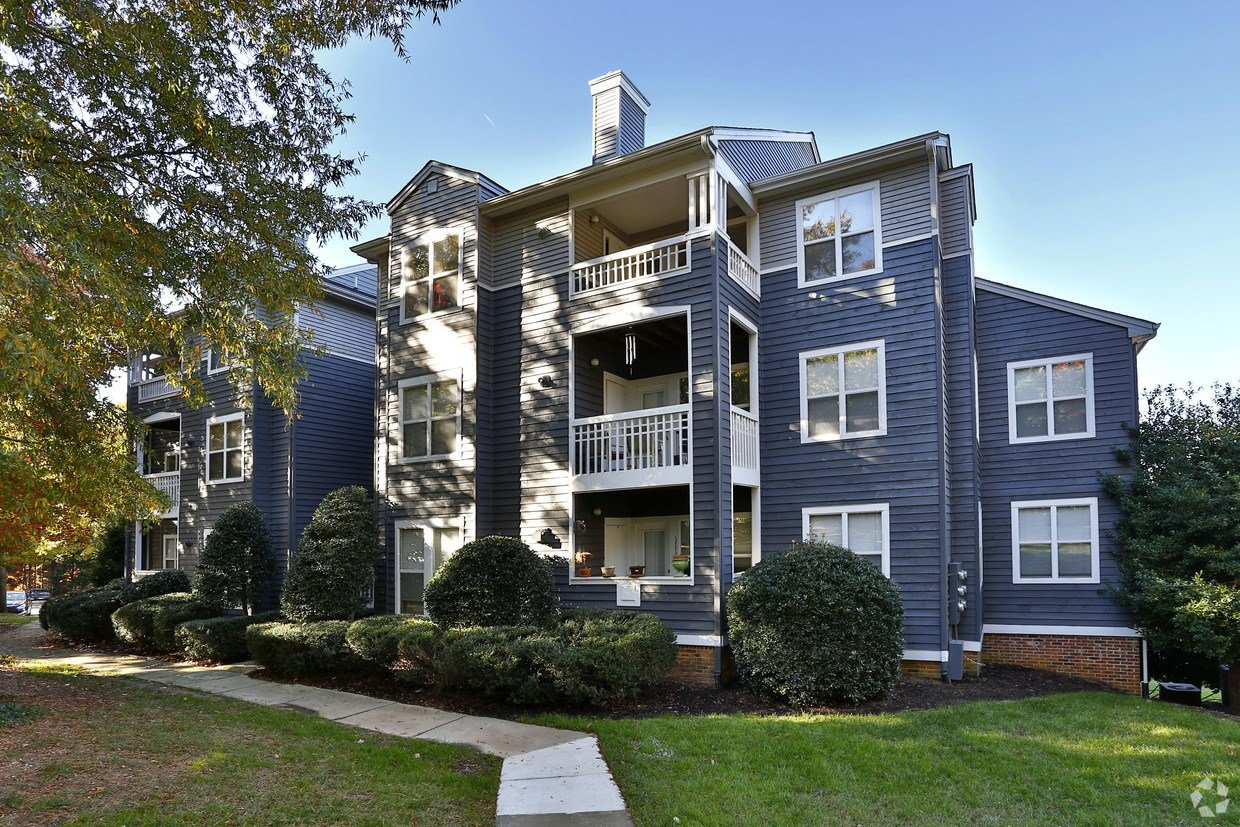 Best Hyde Park Apartments Apartments Cary Nc Apartments Com With Pictures