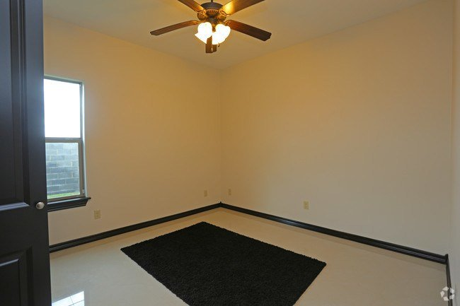 Best Green Meadow Apartments Apartments Laredo Tx Apartments Com With Pictures