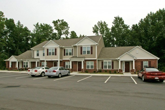 Best Randall Place Apartments Apartments Goldsboro Nc Apartments Com With Pictures