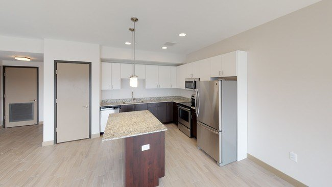 Best Tower On The Maumee Rentals Toledo Oh Apartments Com With Pictures