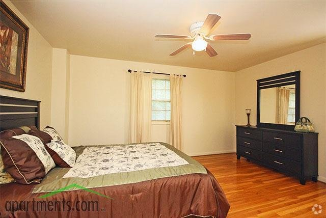 Best Berkeley Warwick Place Townhomes Apartments Richmond Va With Pictures