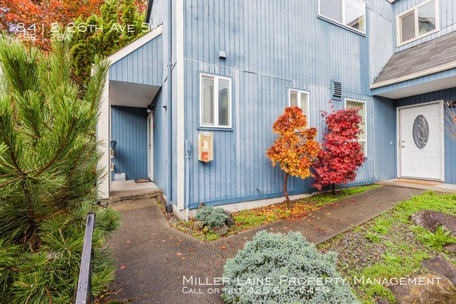 Best 2 Bedroom Townhome In West Seattle Condo For Rent In With Pictures