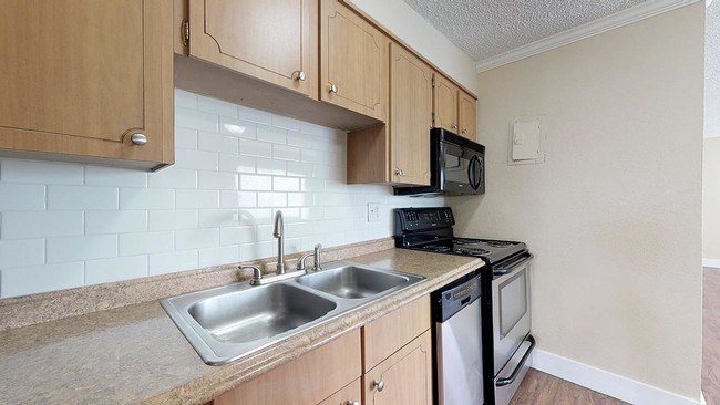 Best 1 Bedroom In Englewood Co 80113 Apartment For Rent In With Pictures