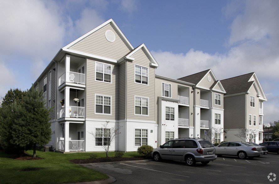 Best The Woodlands At Abington Station Rentals Abington Ma With Pictures
