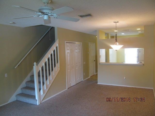 Best New Tampa 2 Bedroom Townhouse Gated Community Townhouse With Pictures