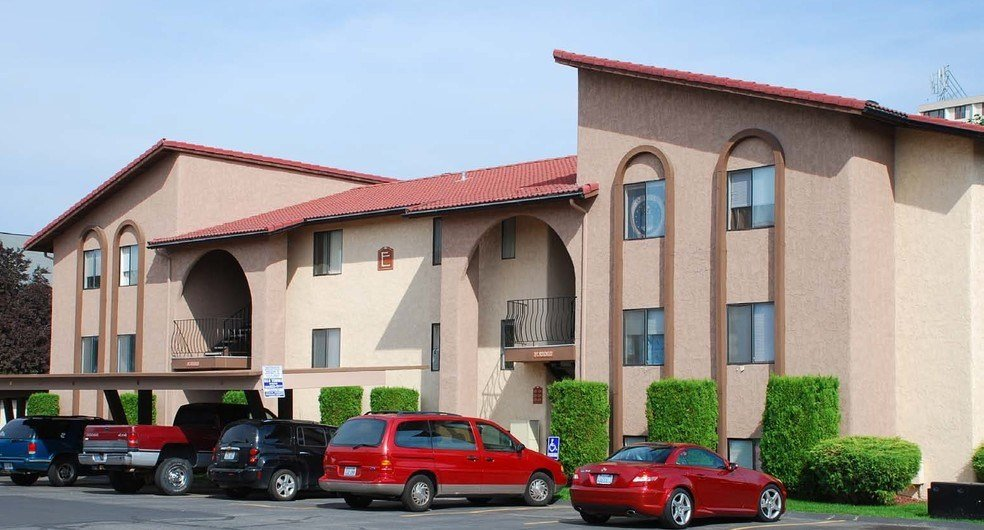 Best Serrano Apartment Homes For Rent In Spokane Wa Forrent Com With Pictures