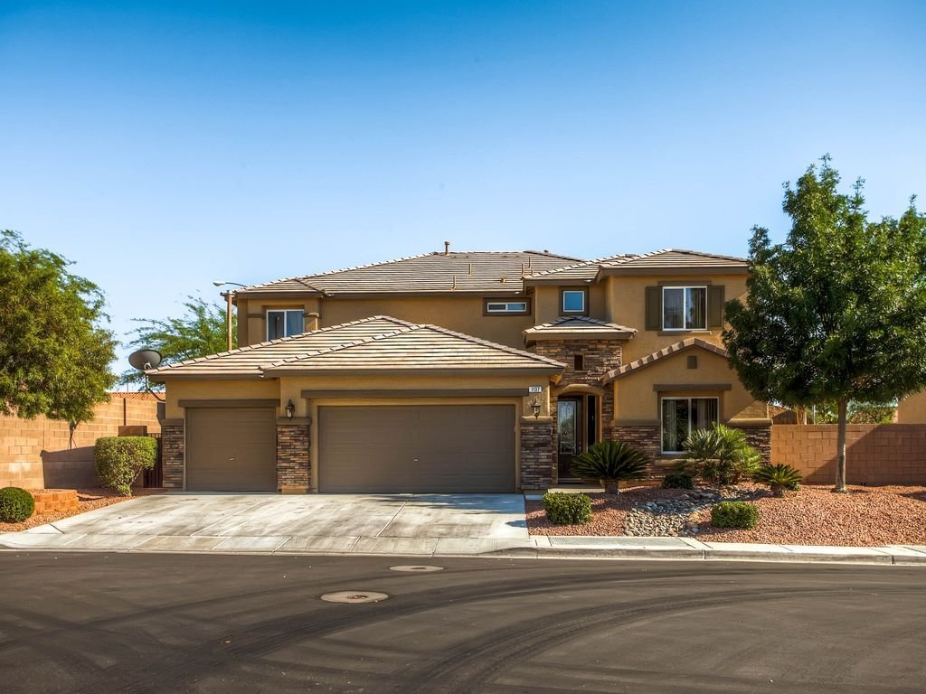 Best Gated 5 Bedroom Home With Pool 5 Br Vacation House For With Pictures
