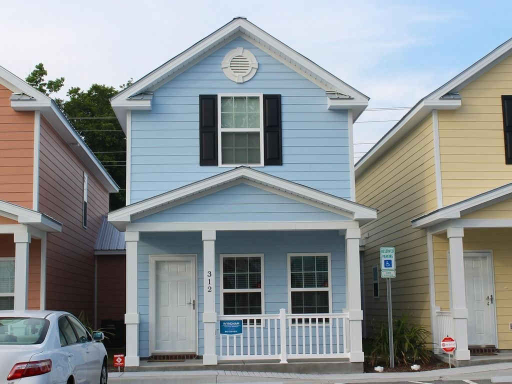 Best Comfortable And Clean Townhouse One Block Vrbo With Pictures