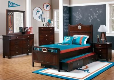 Best Football Bedroom Sets Buy Nfl Furniture For Boys Rooms With Pictures