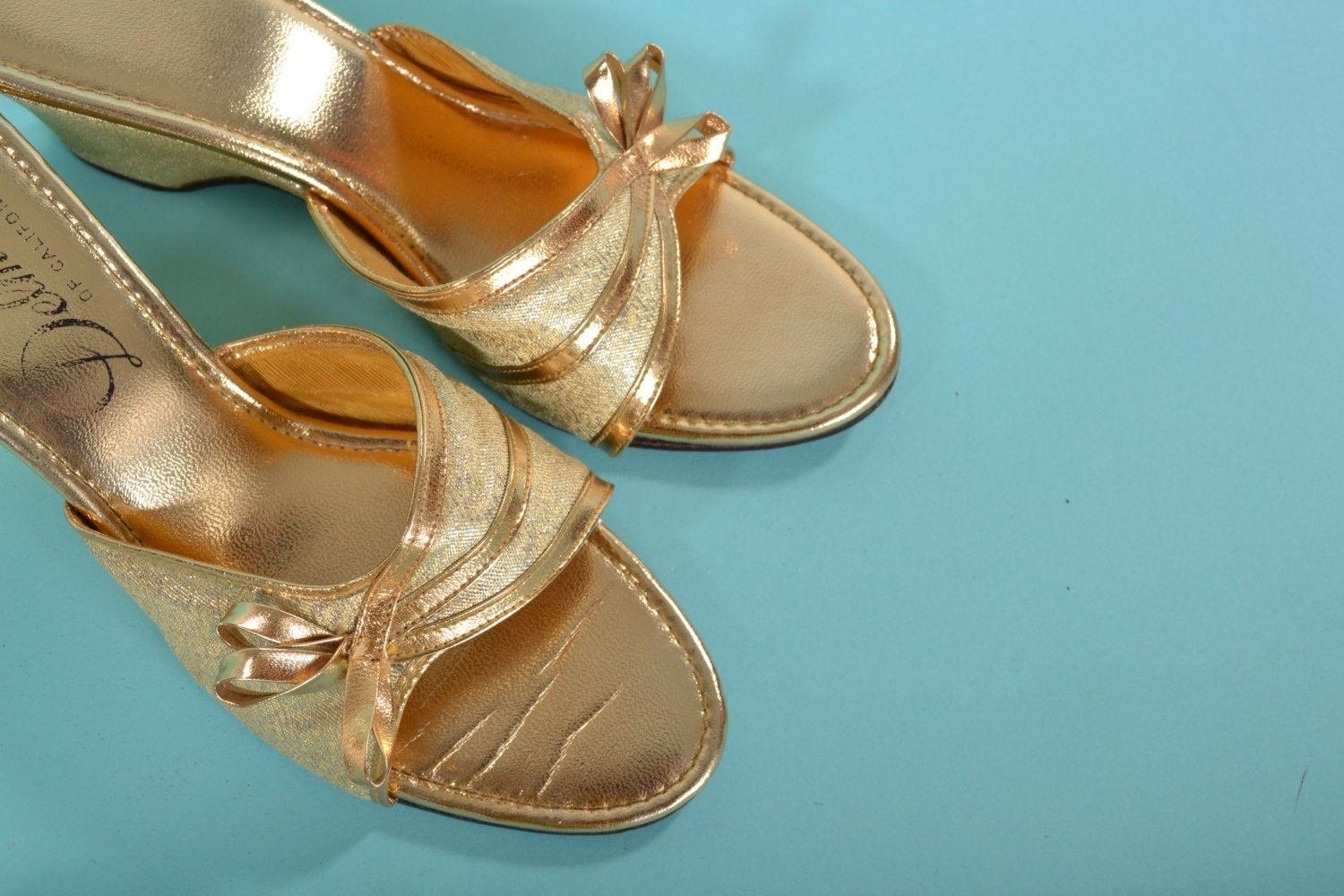 Best Vintage 1950S Gold Wedding Shoe Pin Up Bedroom Slippers With Pictures