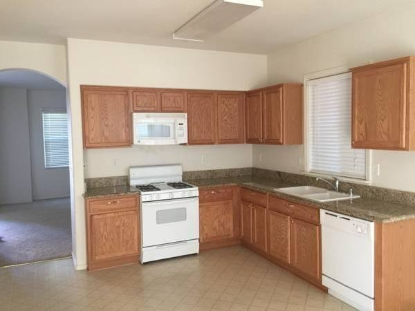Best Section 8 Houses For Rent In Sacramento Mitula Homes With Pictures