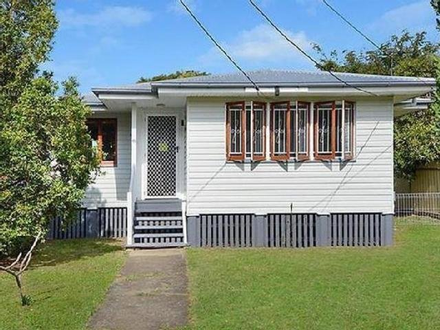 Best Large Family Room Houses In Zillmere Mitula Property With Pictures