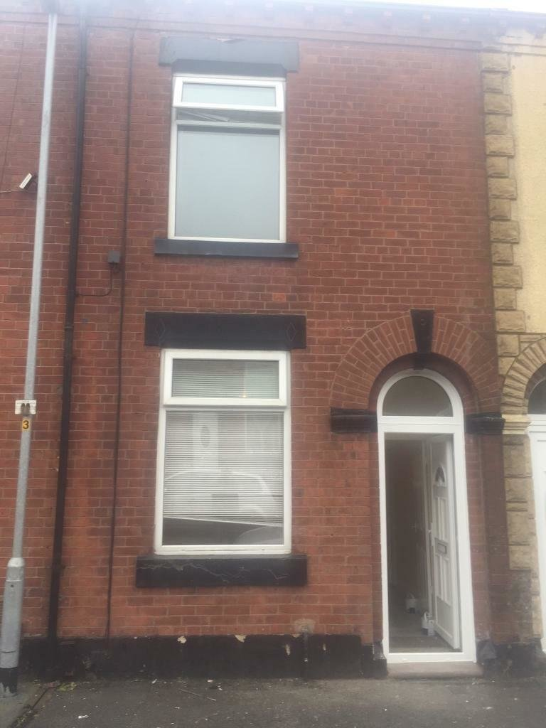 Best 2 Bedroom House To Rent Kelverlow Street Oldham In Oldham Manchester Gumtree With Pictures